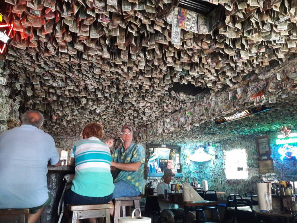 55 Vacation Planning Florida Keys Hot Spots | Travel Ideas | Traveling To Paradise | Paradise In The US | Florida Keys Travel Guide | Key West Florida Vacation | Vacation Ideas | theMRSingLink